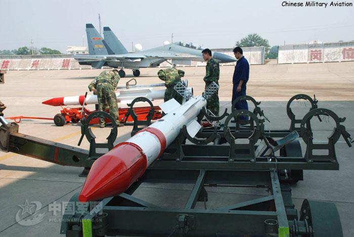مانوع الصاروخ التي تحمله مقاتله ال Mig-29 السوريه الظاهره في الصوره ؟ R-77