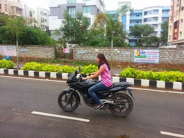 Photos, Latest Malayalam Actress Stills ,Latest Movie promos, Actress ...
