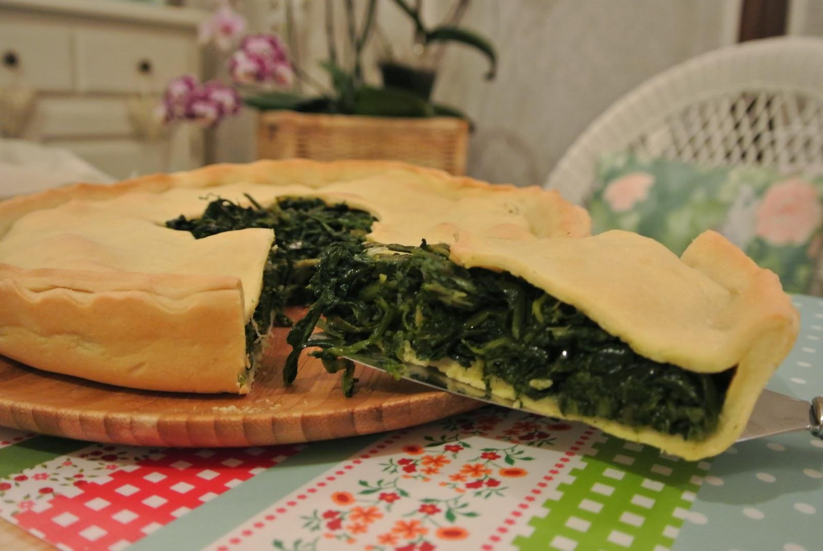 torta rustica con cicoria di selvatica