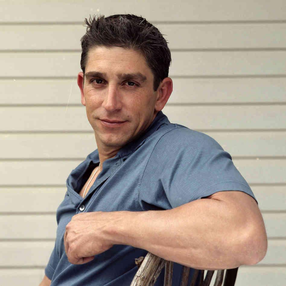 Nascido na Espanha há 44 anos, Richard Blanco imigrou junto com seus pais à Nova York e em seguida à Miami (Foto: Nico Tucci)