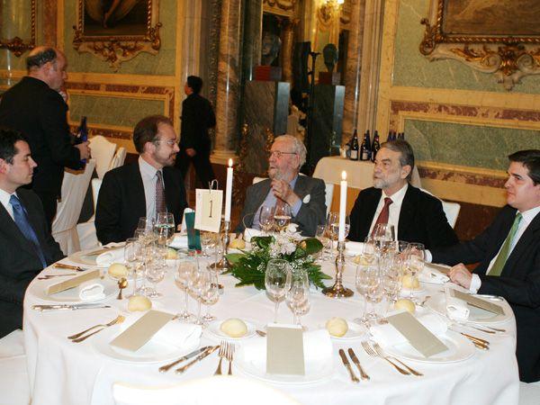 Con el director de cine Luis García Berlanga, el escritor , Lombera, Ignacio Salas y Eduardo Campos