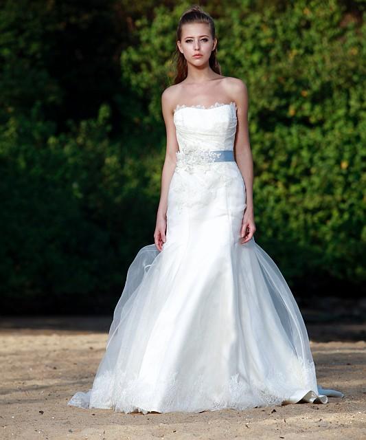Wedding Dresses With Colored Sash