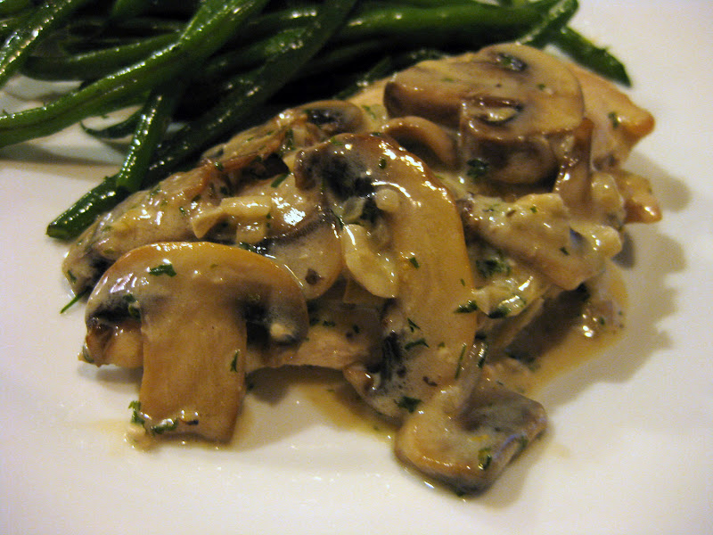 ... Child's Chicken Supremes with Mushrooms and Cream and Green Beans