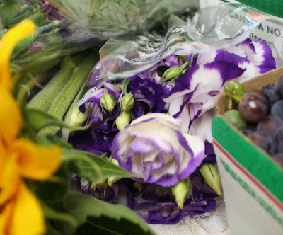 Focus on Life: Week 33 ~ In season: The farmer's market in Burlington, ON, a lovely late summer harvest: lisianthus :: All Pretty Things