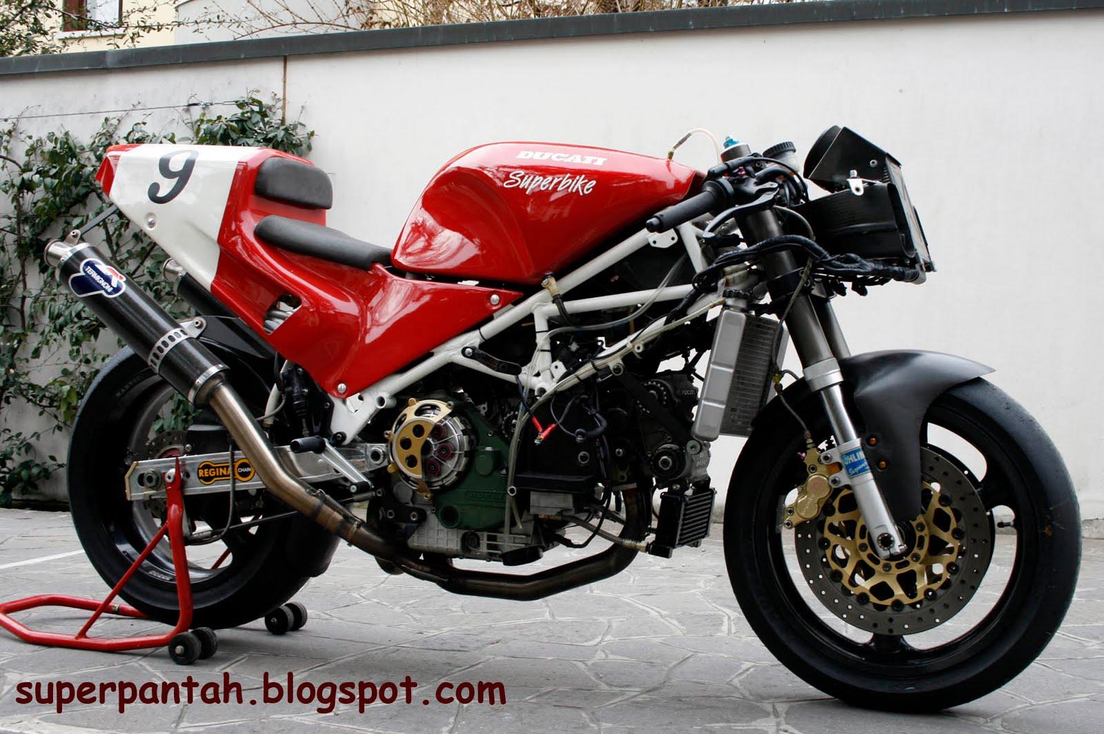 Ducati 851-888 - Page 2 888%2BRacing%2B%25282%2529