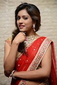 vithika sheru half saree photos-thumbnail-4