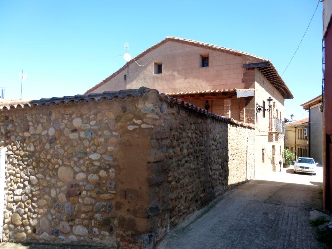 Casas solariegas en la rioja 339 sot s i calle iglesia 9 for Hechuras de casas