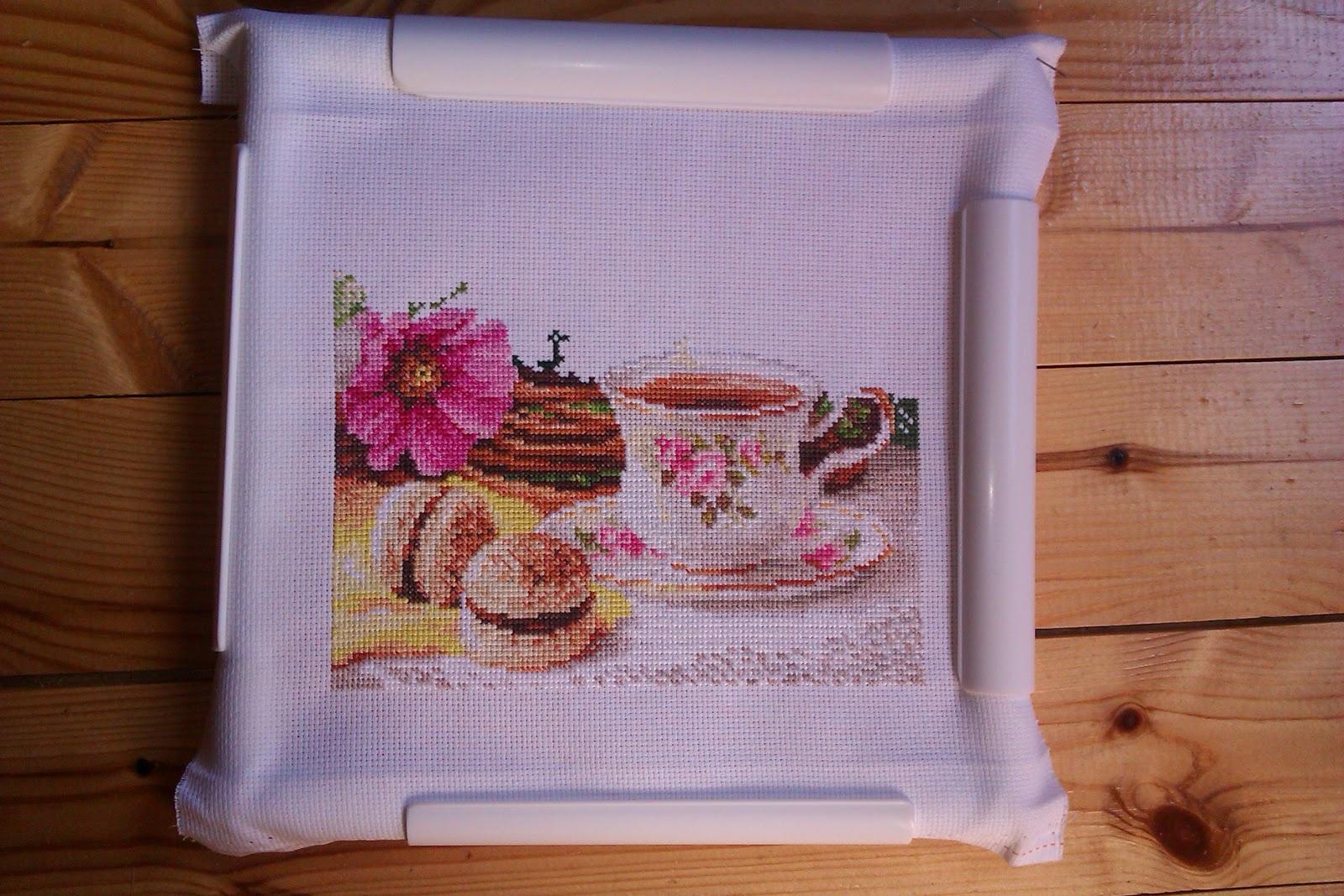 Вышивка утренний чай 32