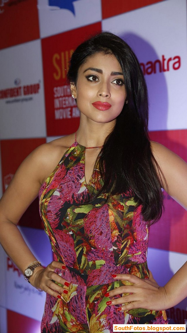 Shriya Saran Latest Hot Photos