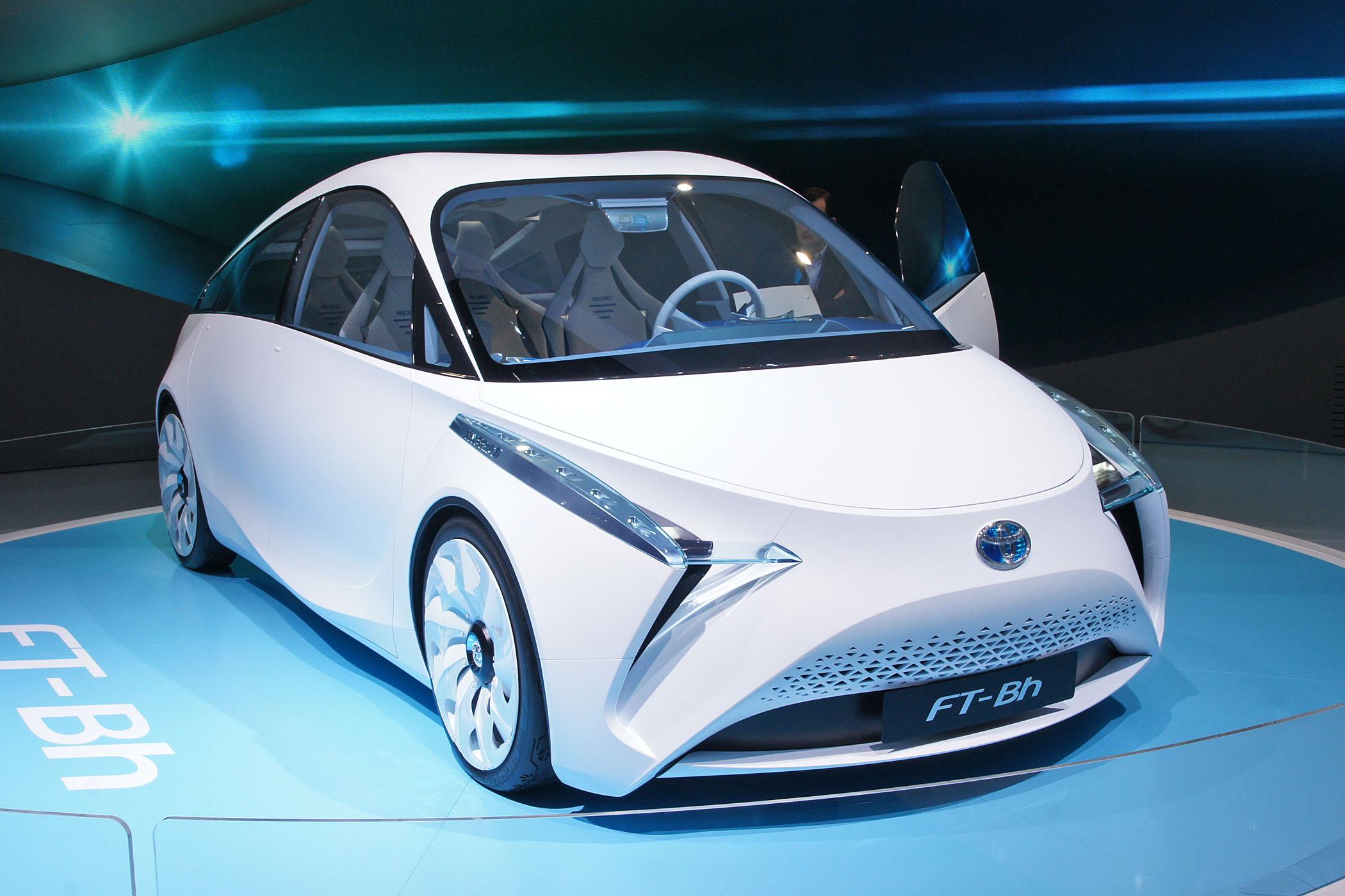 http://2.bp.blogspot.com/-jaujc2XP68M/T7jDRsdQ2dI/AAAAAAAADO8/0fTiHhgU1Bk/I/Toyota%252520FT-Bh%2525202012.jpg