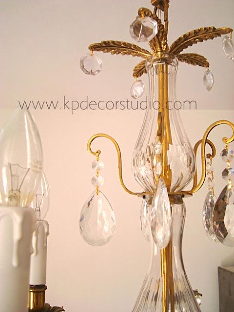 Lámparas de latón antiguas con lágrimas de cristal de los años 30