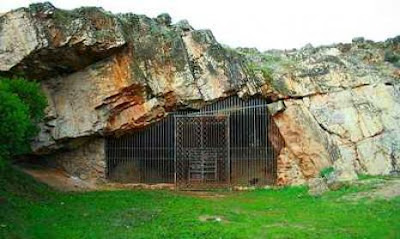 Cueva de Maltravieso en Cáceres - que visitar