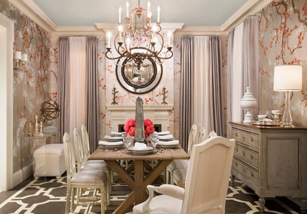Tips On How To Arrange a Long Dining Room
