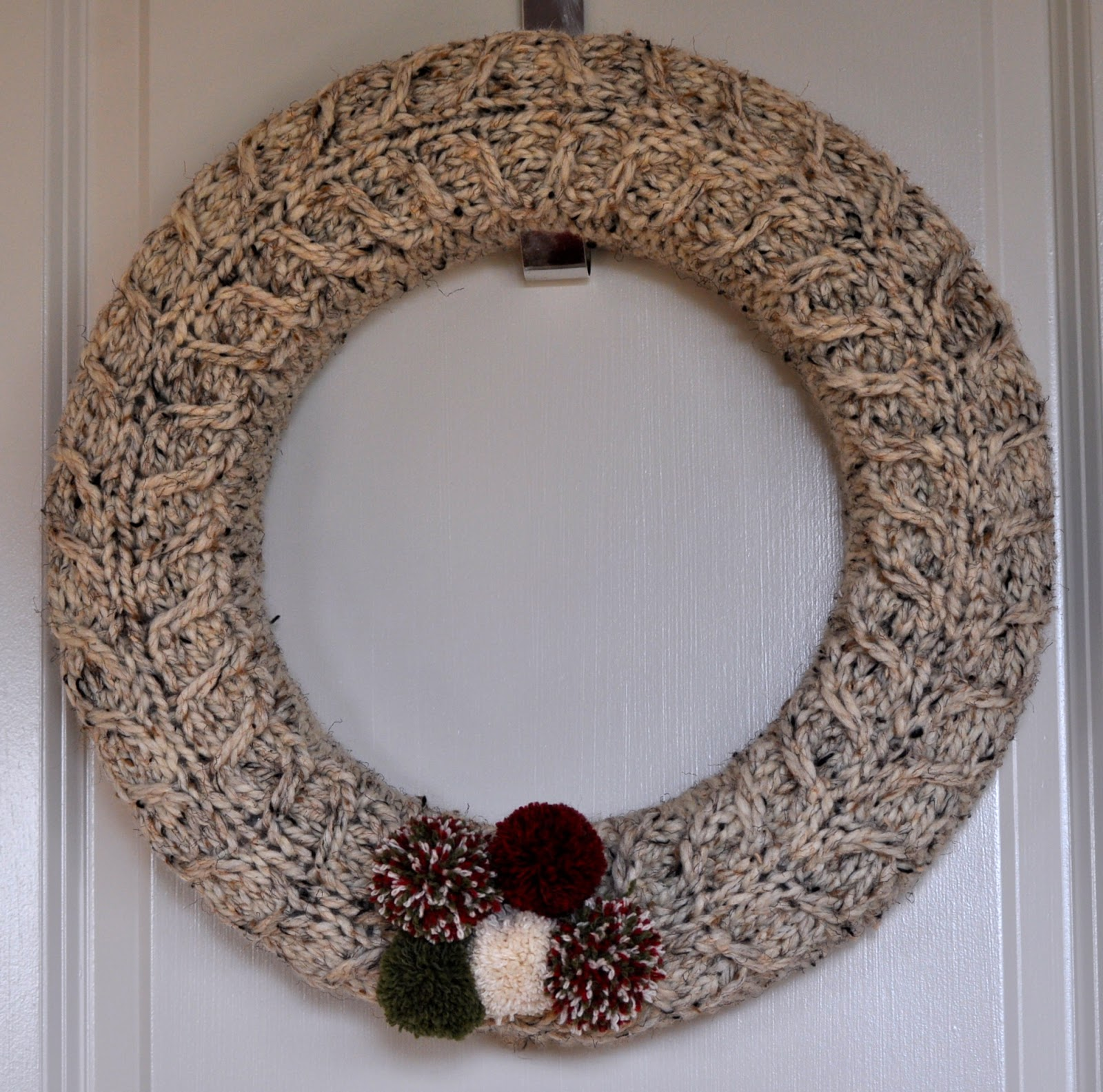 sheep dreams: You need a knitted wreath