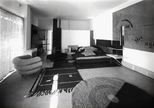 architecturechicago plus sunday reading eileen gray 39 s house regained the reinvention. Black Bedroom Furniture Sets. Home Design Ideas