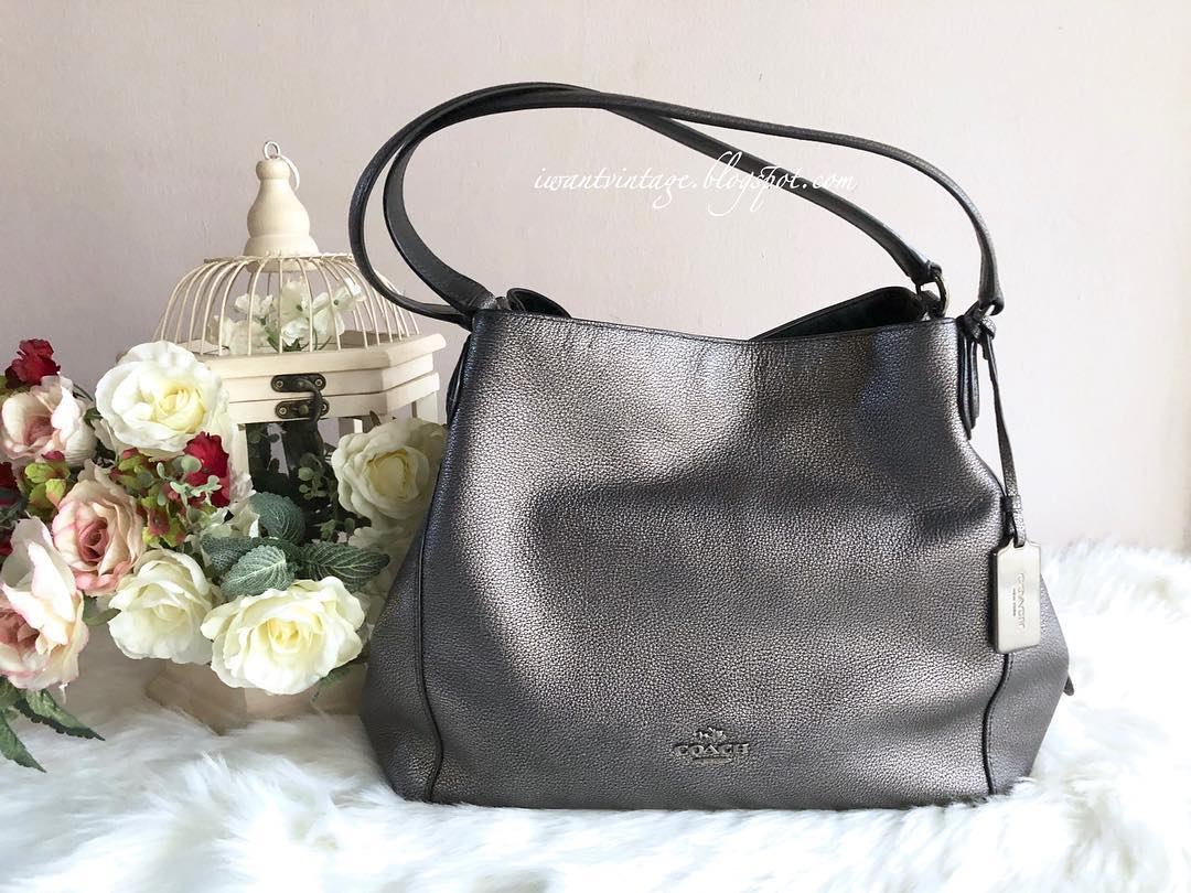 I Want Vintage   Vintage Designer Handbags  Coach 36503 Metallic ... 3bf6e92f6b