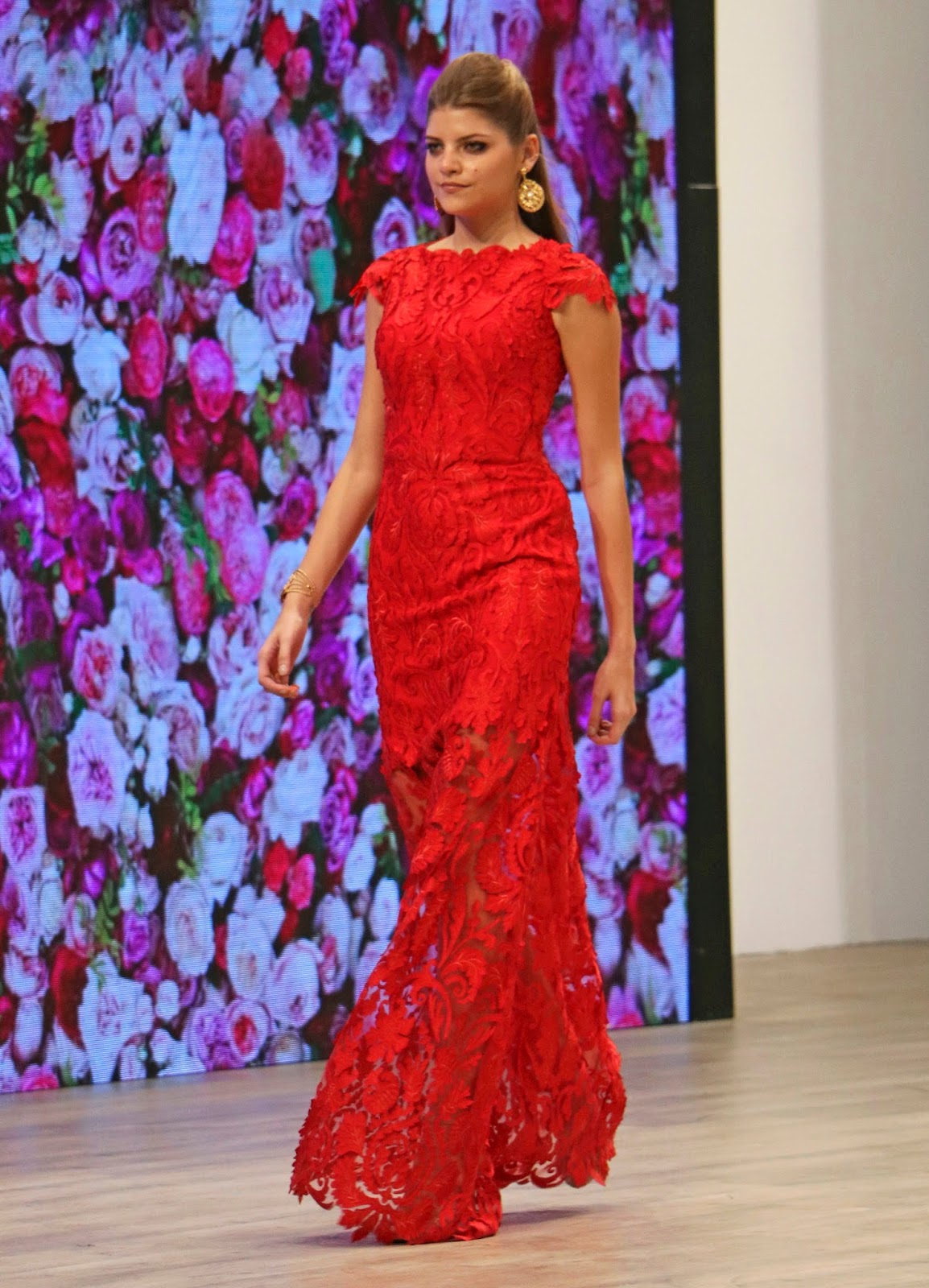Gorgeous lace gown from the Panama Fashion Week Runway