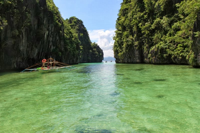FILIPINAK