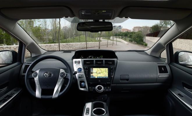 Toyota Prius Plus interior