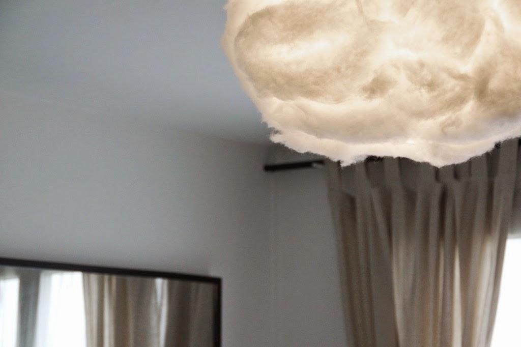 suspension nuage cheap nuvol lamp la suspension nuage par jordi lpez aguil pour kutarq with. Black Bedroom Furniture Sets. Home Design Ideas