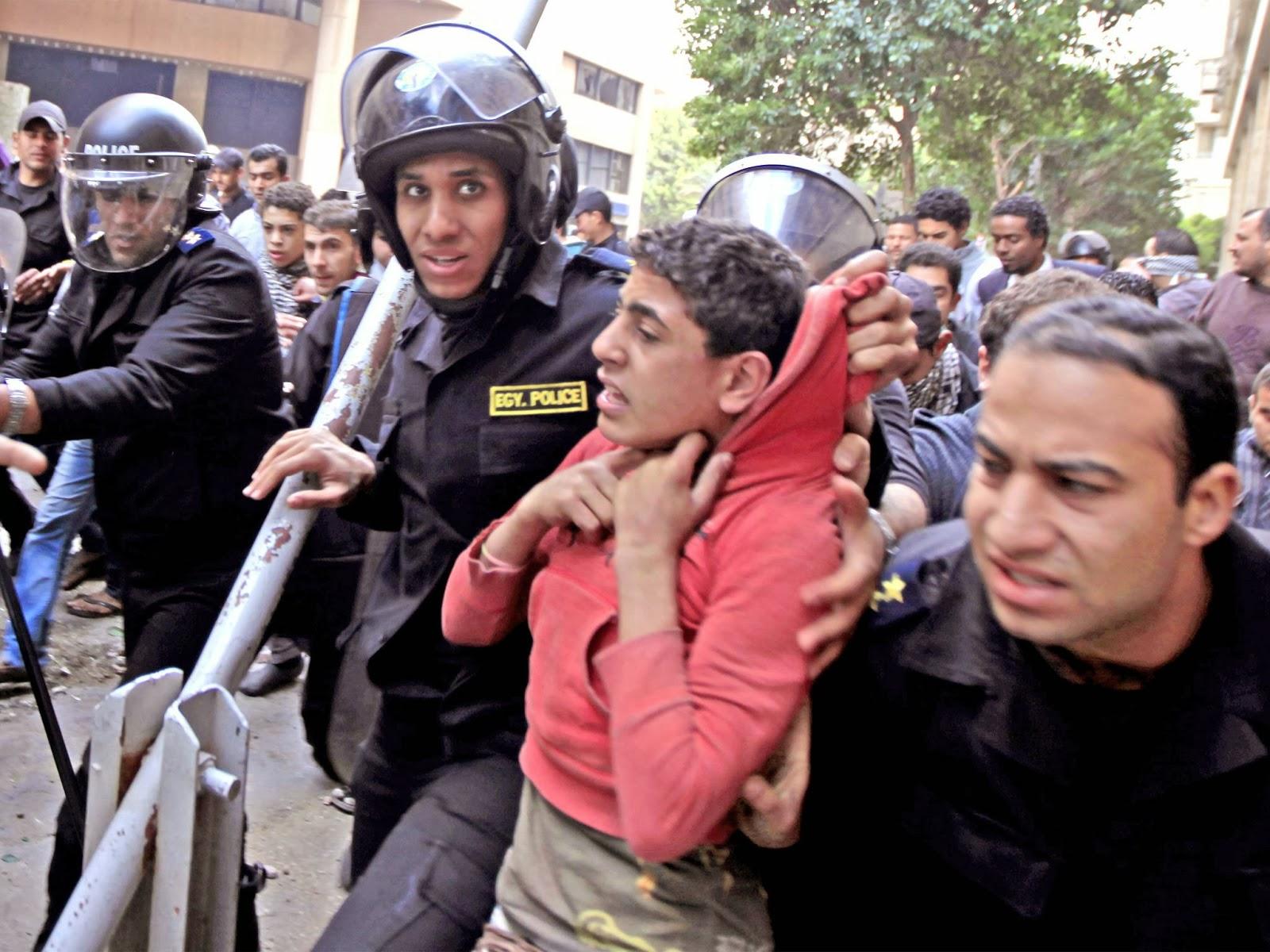 تقرير للمرصد العربي: معتقلين أطفال