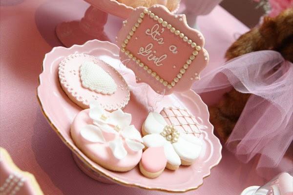 Cha_de_bebe_menina_ursinha_rosa_flavia_noronha_cookies_personalizados
