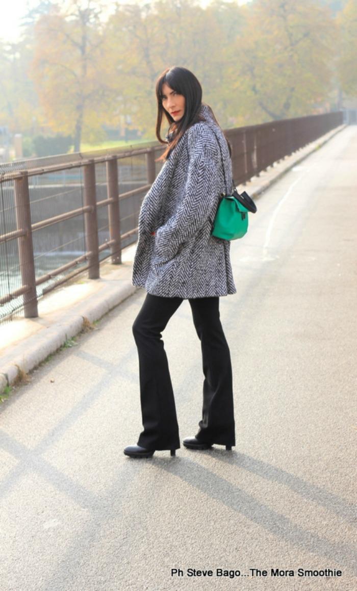 paola buonacara, fashion, fashionblog, fashionblogger, italian fashion blogger, fashion blogger italiana, ootd, outfit, look, new york industrie, pantaloni, trousers, coat, cappotto, bag, borsa, zaino, veneziani, veneziani borse, shoes, scarpe, peperosa, peperosa shoes, peperosa scarpe, abbigliamento newyorkindustrie, look of the day, outfitoftheday, me, girl, photography, fotografo