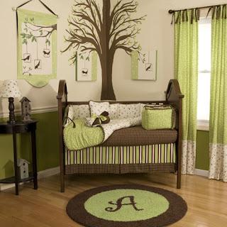 habitación para bebé en verde