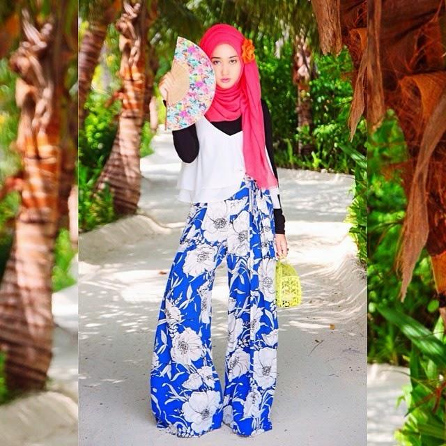 10 Model Baju Muslim Untuk Ke Pantai Trendy Terbaru 2015