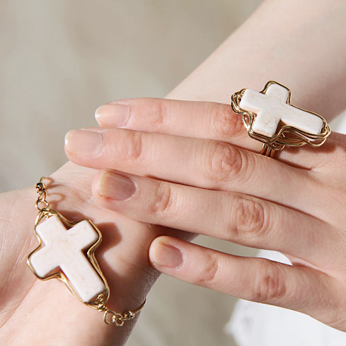 Arty White Stone Cross Jewelry Set