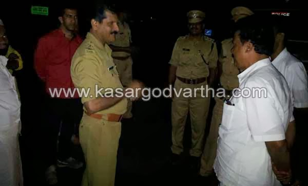 Case, Clash, Choori, Kasaragod, Police, Kerala, Flag, Attack, Injured, Stone pelting, Choori Clash