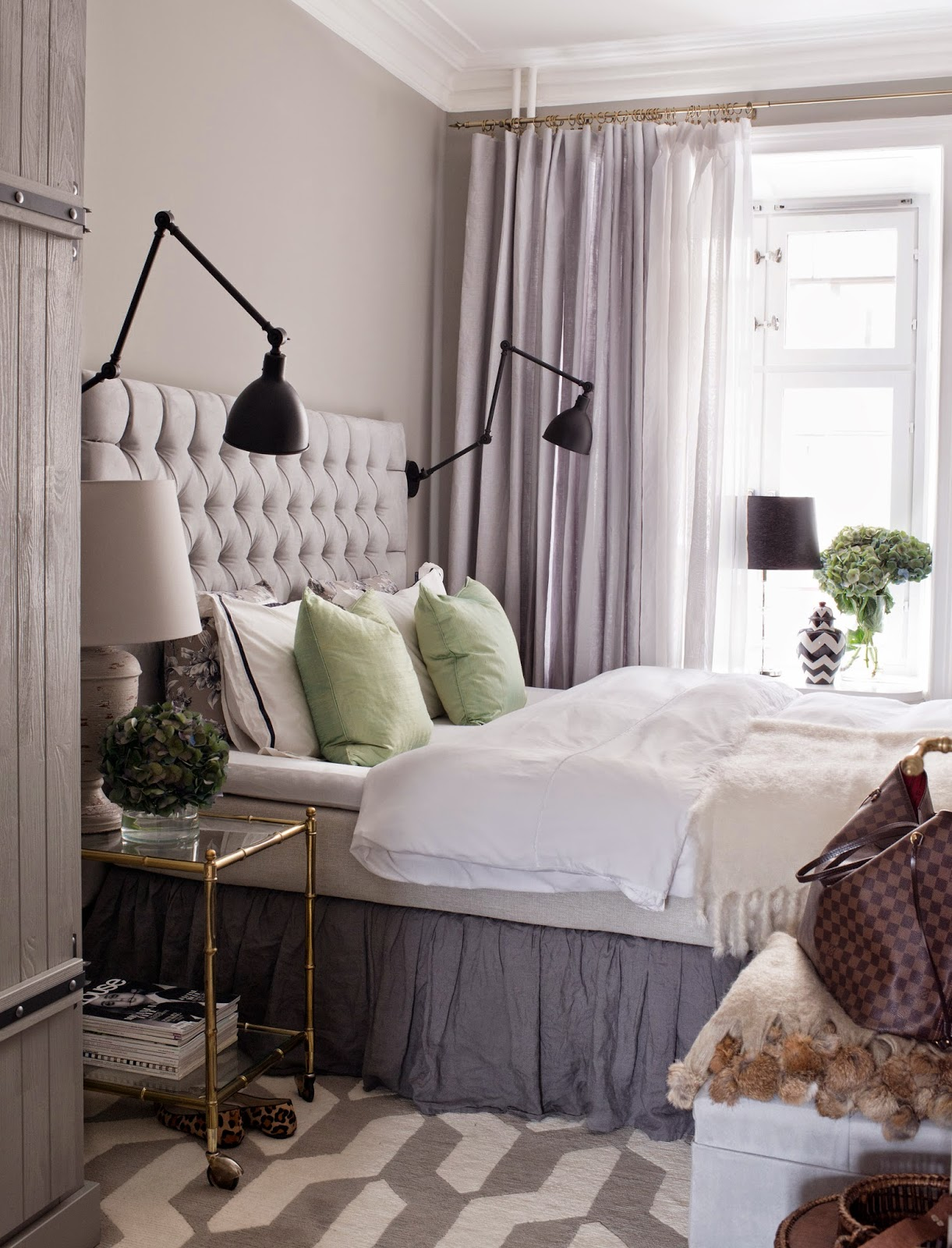 Stockholm vitt   interior design: a lovely home
