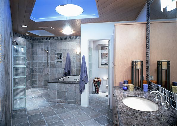 A feast for the eyes bathroom designs for Pictures of big bathrooms