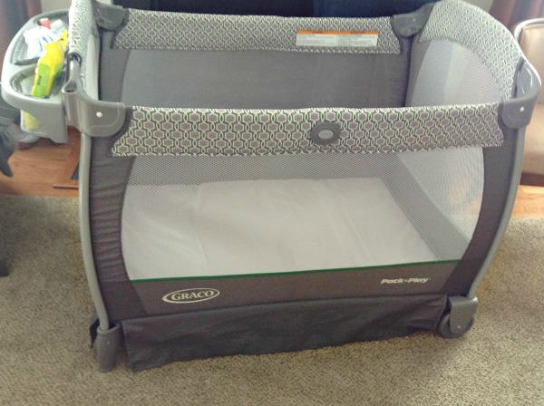 Must Have Features for a Pack 'n Play. Full sized for use as baby grows. Graco Nearby Napper has it all!