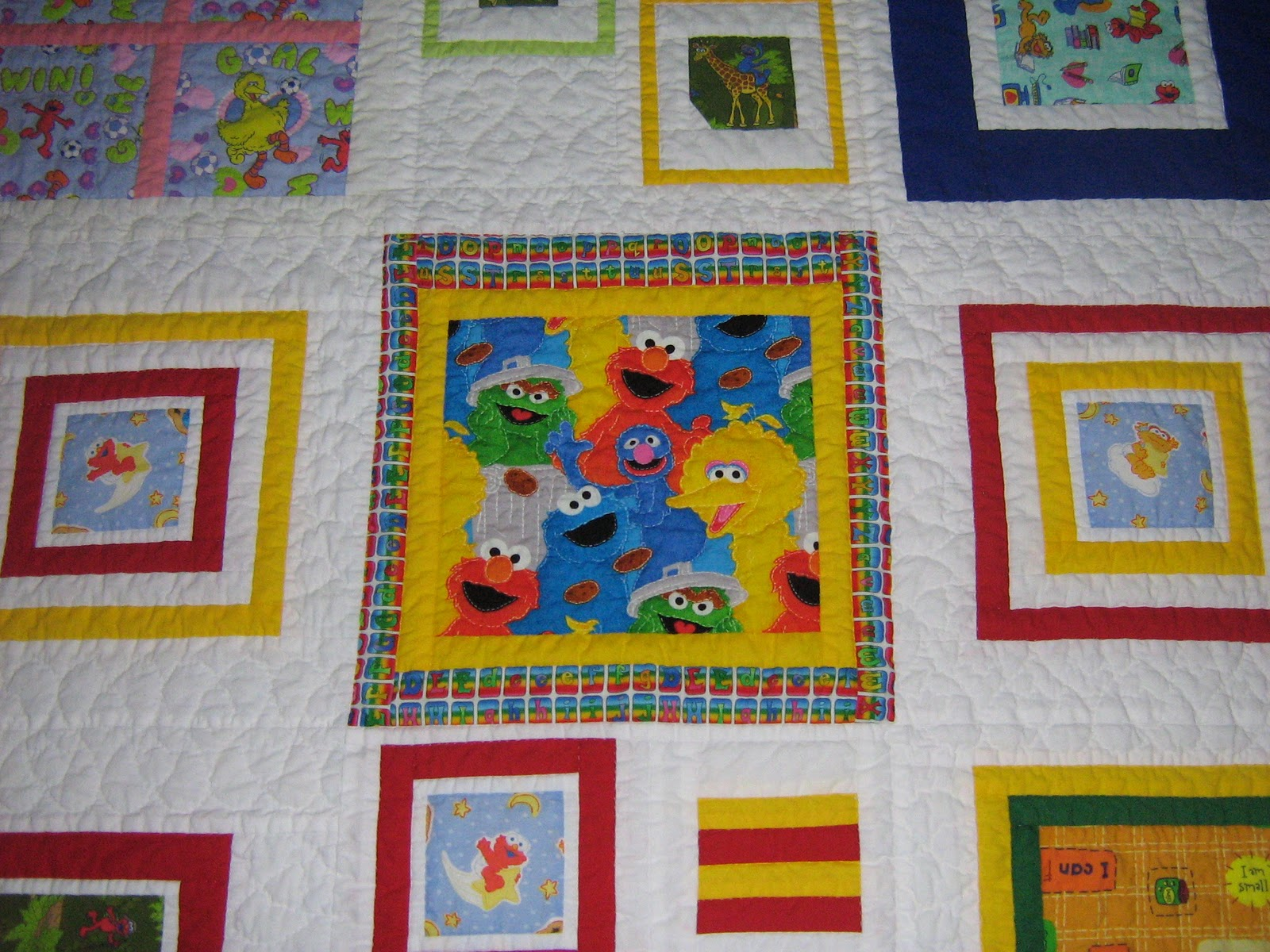 Quilter: Breagha's Elmo Quilt : elmo quilt - Adamdwight.com