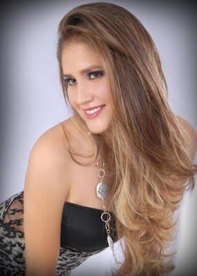 Miss Bolivia 2012 2013 Chuquisaca Maria De Los Angeles Lujan