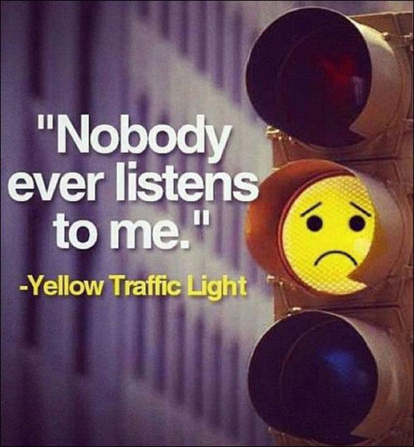 صور مضحكة - اشارة المرور الصفراء