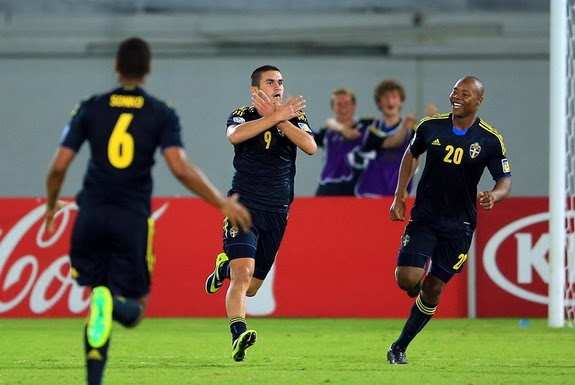 Sweden U-17 player Valmir Berisha celebrates after scoring the winning goal against Honduras U-17