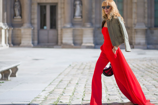 http://www.syriouslyinfashion.com/2015/10/paris-fashion-week-street-style-show.html