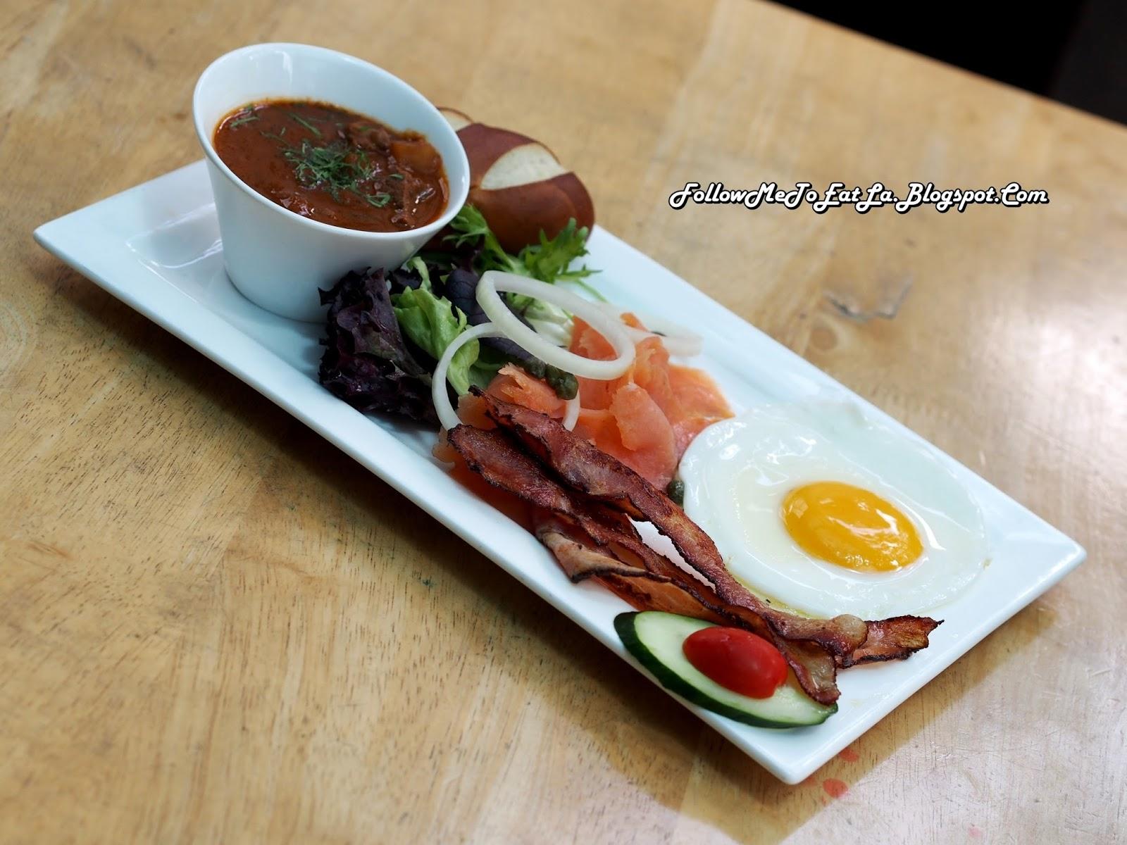 follow me to eat la malaysian food blog brotzeit german bier bar restaurant malaysia. Black Bedroom Furniture Sets. Home Design Ideas
