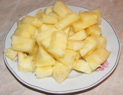 ananas felii, ananas rondele, ananas, ananasul, fruct ananas, fructul ananas, ananas comosus, ananas copt, ananas bun, retete cu ananas, preparate din ananas, prorietatile ananasului,