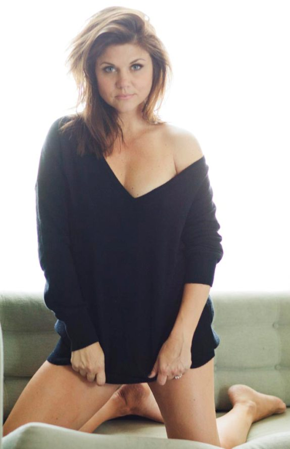 Words... super, Tiffani amber thiessen toes you the