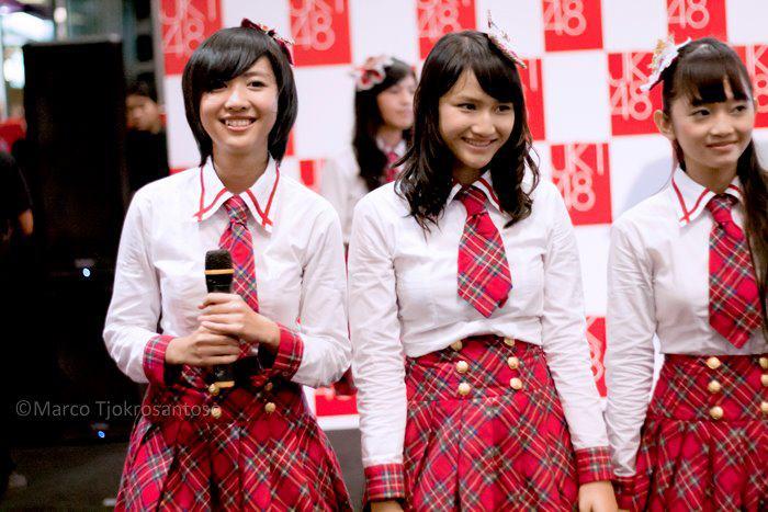 Ghaida JKT48 , Frieska JKT48 and Sendy JKT48