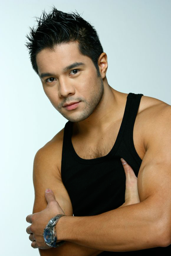 Victor Aliwalas Handsome Filipino Actor