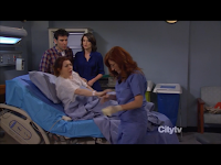 How I Met Your Mother S07 Finale-Lily in labor