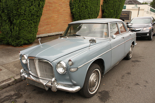 1966 Rover Mark III Saloon.