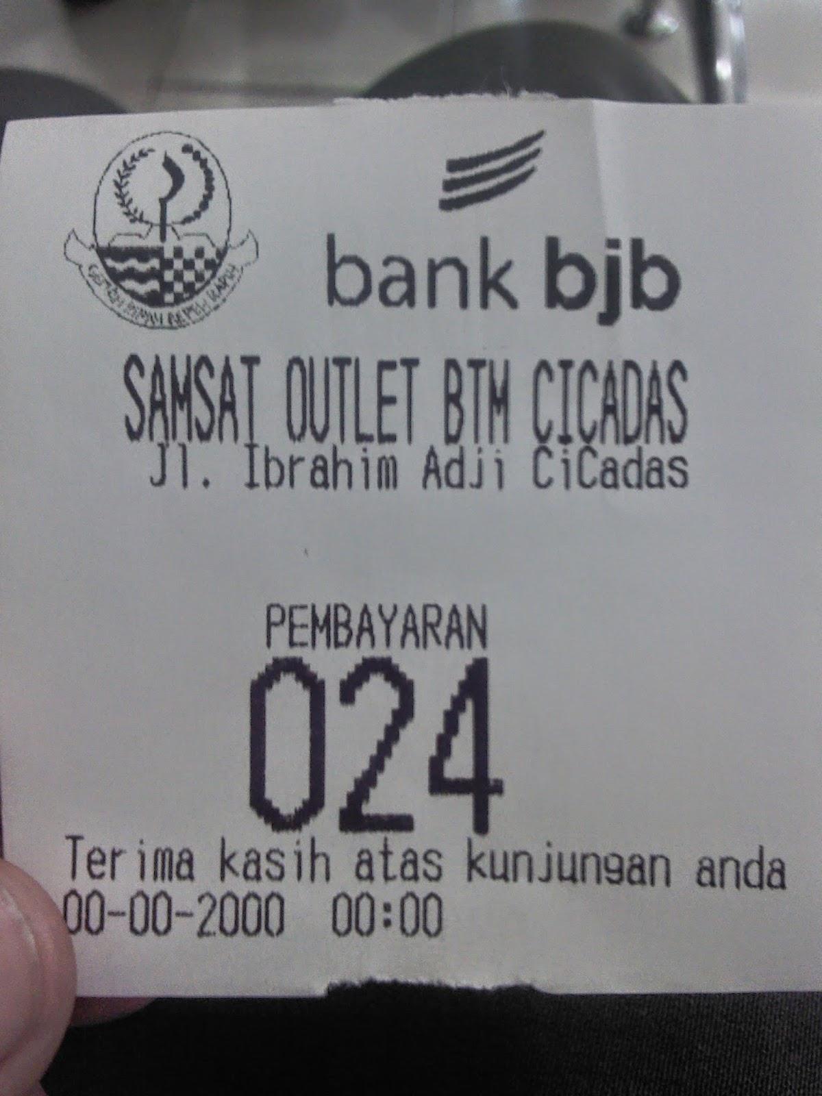 Membayar Pajak Motor di Samsat Outlet