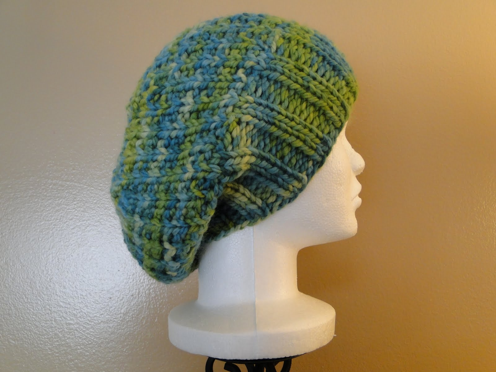 Easy Knit Hat Pattern With Circular Needles : Ruby Knits: Free Pattern Friday - Ribby Slouch Hat