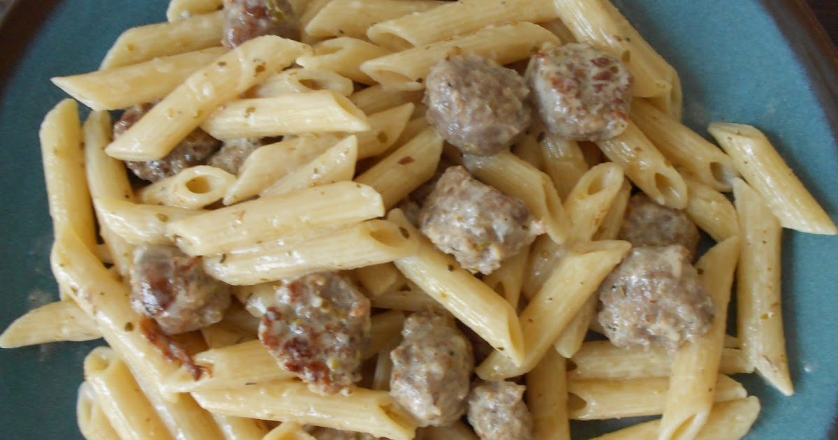 The Pub and Grub Forum: Greek Pasta with Sausage and Cheese