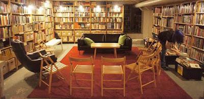 arkadia bookshop helsinki reading room